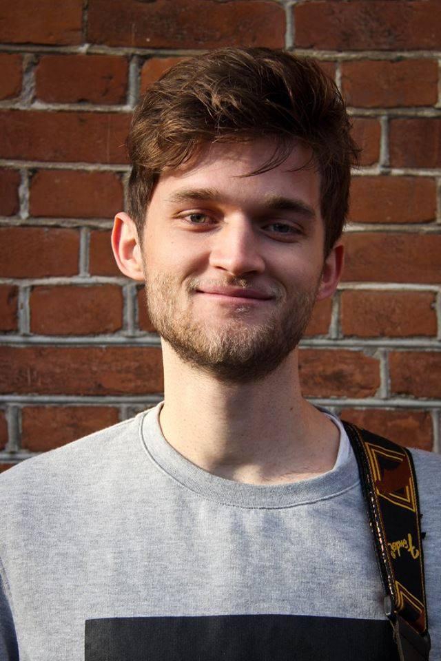 Magnus - Guitar Klaver Trommer  - Aarhus