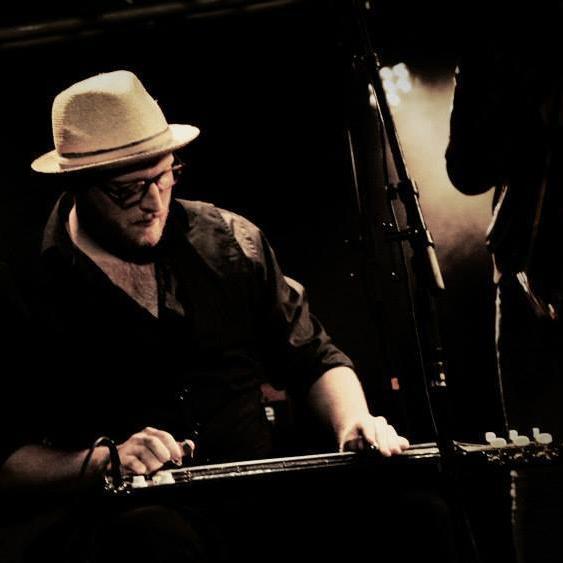 Mads - Banjo Elbas Guitar Lap Steel og Dobro guitar Mandolin Ukulele  - Aarhus
