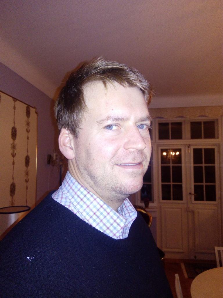 Joachim - Elbas Guitar Klaver Kontrabas