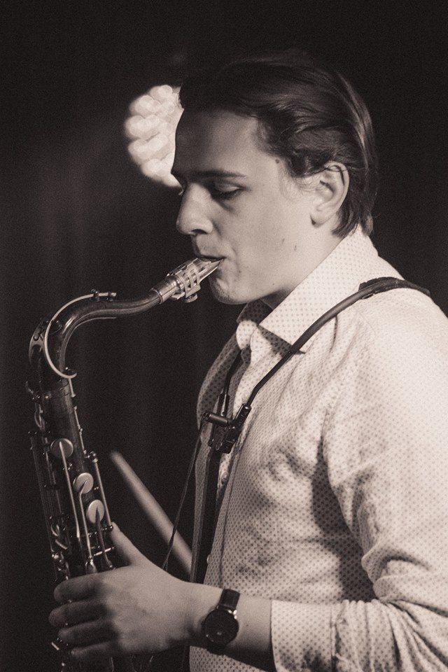 Tadas - Saxofon