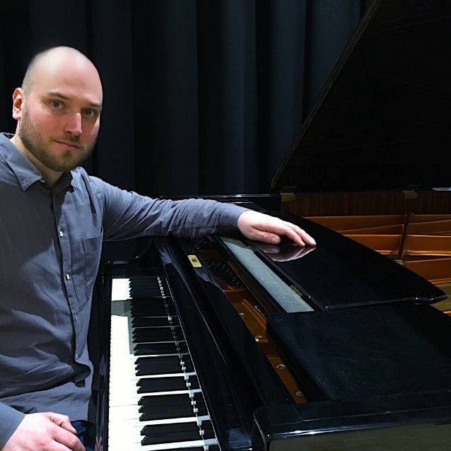 Maciej - Klassisk klaver Klaver  - Odense