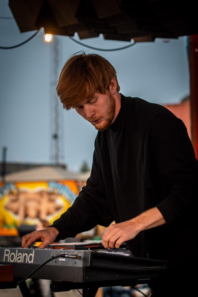 Emil J. - Elbas Elektronisk musik Musik- og lydproduktion