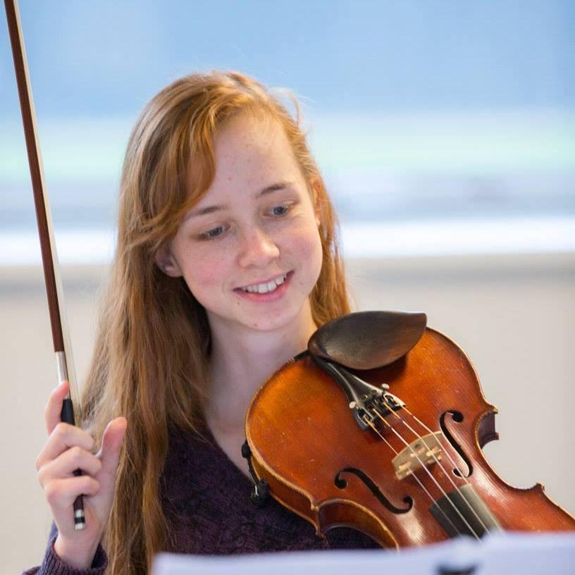 Metia - Violin  - Odense